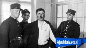 Pembunuhan Presiden Prancis Oleh Penyair Rusia
