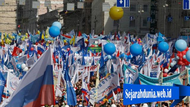 Ini Alasan Rusia Senang Di Hari Buruh